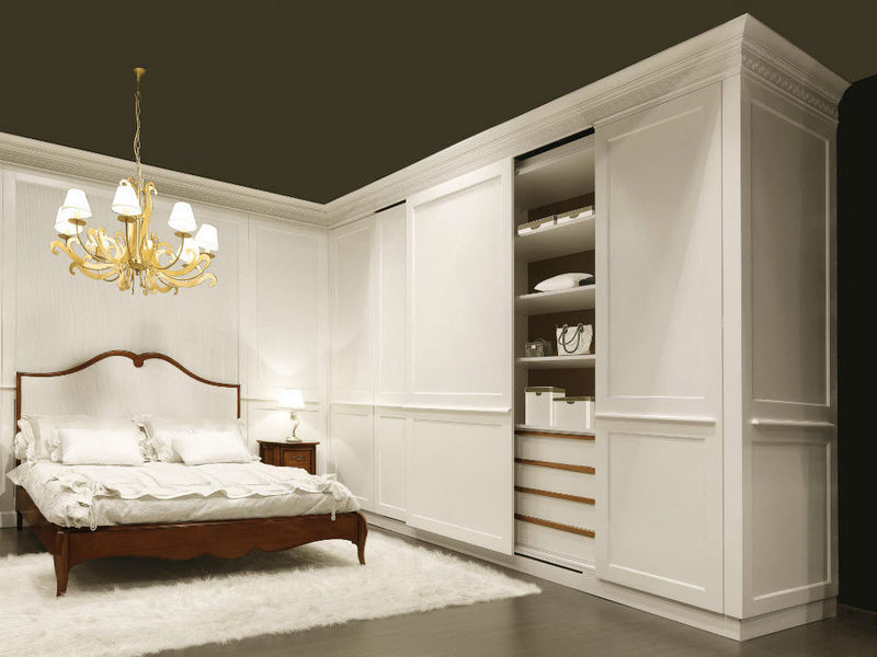 traditional wardrobe-wooden-sliding door